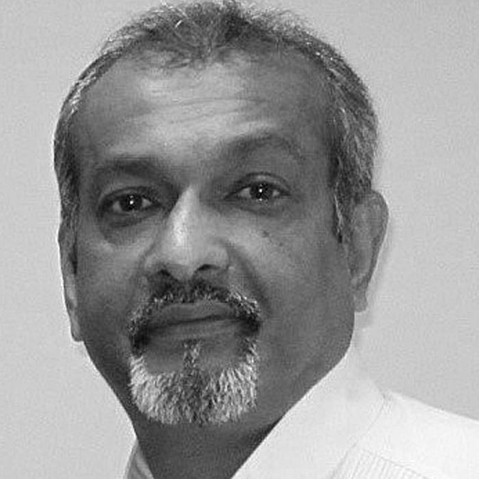 Hitesh Vekaria, CEO at Phoenix7